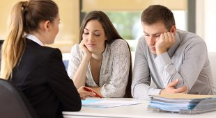 Do-It-Yourself Personal bankruptcy Versus A Personal bankruptcy Attorney